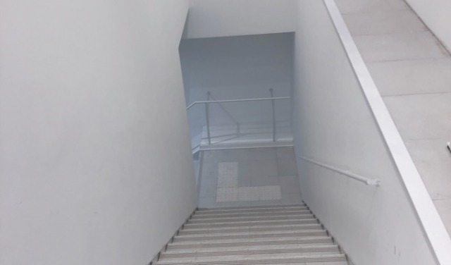 専用入り口階段